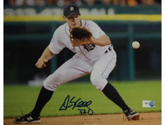 Don Kelly (Detroit Tigers) Autographed Picture
