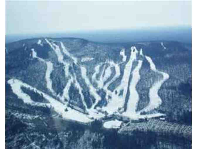 Wachusett Mountain: two ski passes valid through 2016-7 season