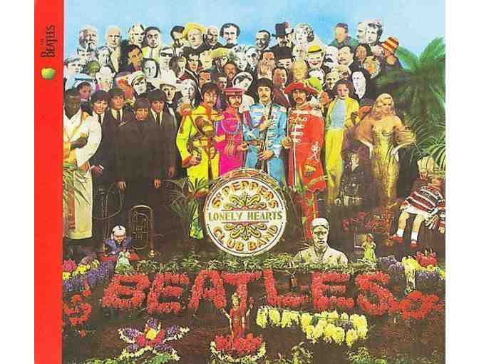 Vintage 1967 LP Record The Beatles Sgt Peppers Lonely Hearts Club Band Record
