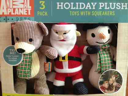 Animal Planet Pets: 3 Pack Holiday Themed Plush Squeaky Toys