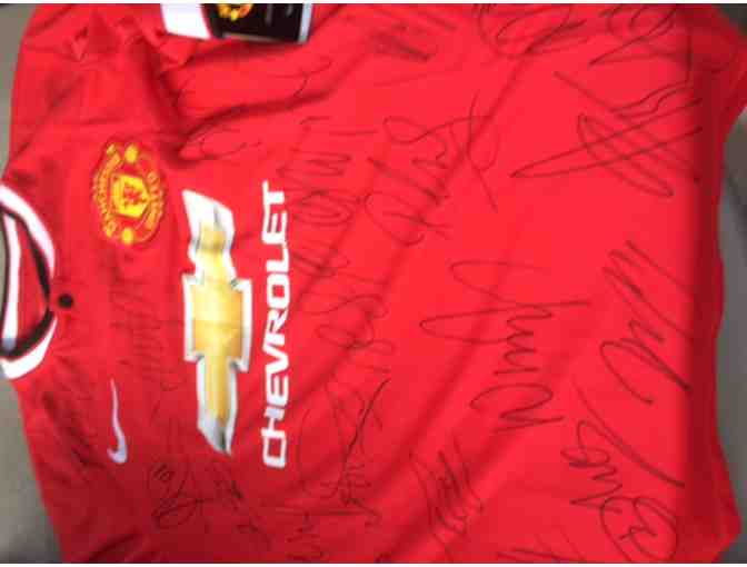 Manchester United Team Autographed Soccer Jersey