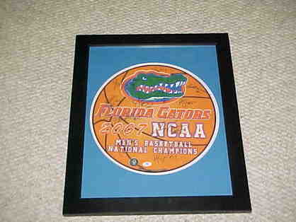 2007 Florida Gators National Champions Signed Item