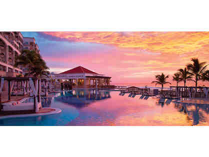 4-Night Stay at the Hyatt Zilara or Hyatt Ziva Cancun Resort with Airfare for 2