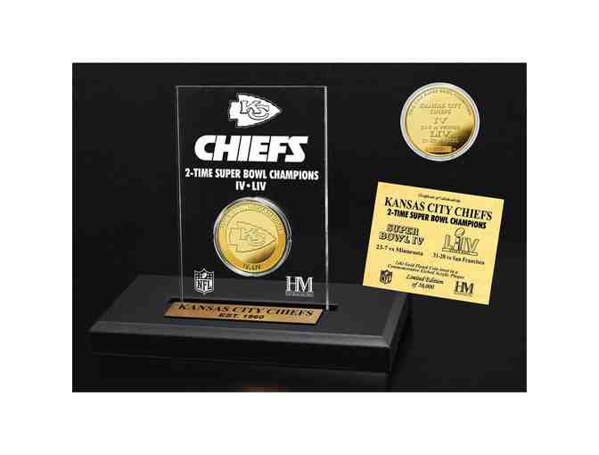 Kansas City Chiefs Highland Mint 2-Time Super Bowl Champions Gold Coin Acrylic Desk Top Di