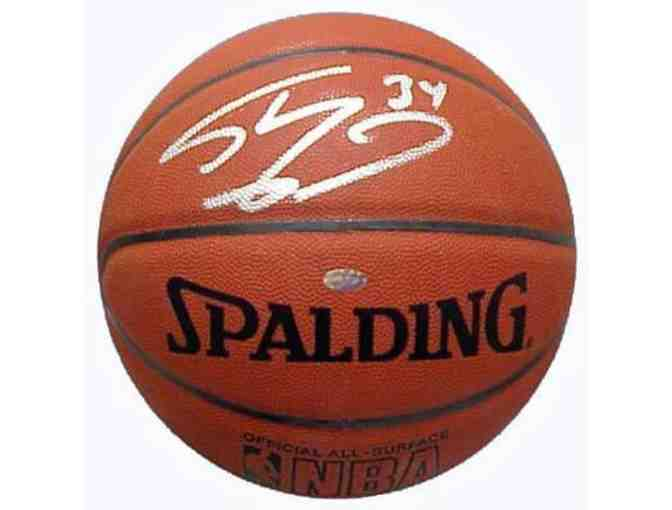 Shaquille O'Neal basketball