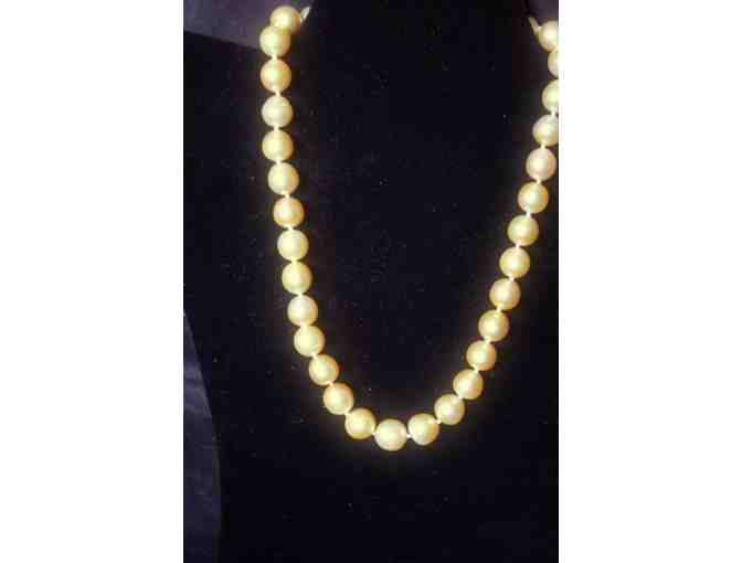 ' 1 only!:  HUGE GENUINE GOLDEN SOUTH SEA PEARLS! 10-12 mm w/Diamond Clasp!'