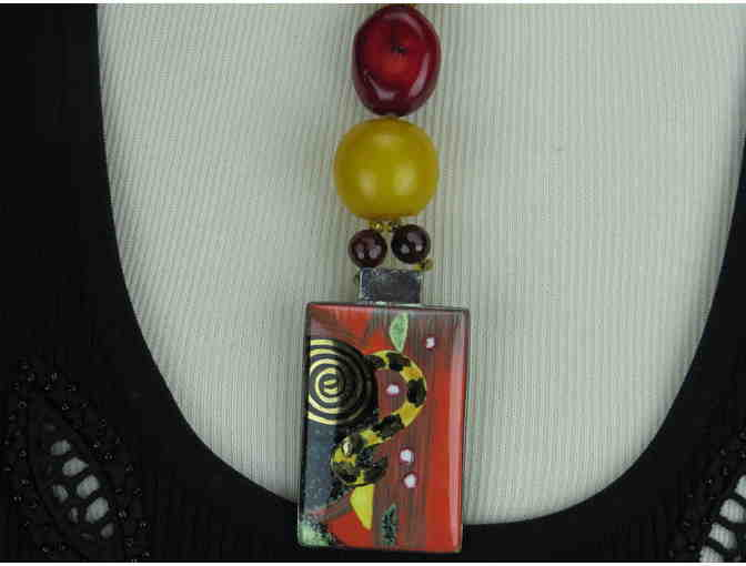 I/KIND ART NECKLACE W/AMBER, JADE, CITRINE, TOPAZ, AND ONYX, AWESOME ART PENDANT!