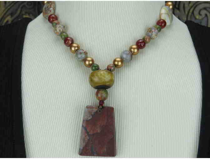 UNIQUE 1/Kind Powerful Necklace  w/ Pearls, Assorted Semi Precious Gems, Pendant!