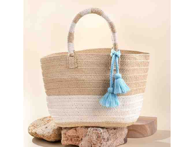 Altru Straw Tote - Photo 1