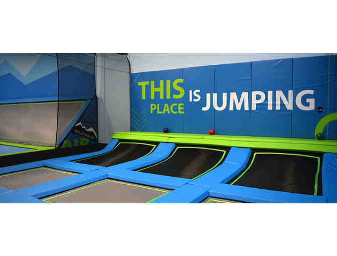 1 hour Jump pass Mountain Air Bend Trampoline Park - Photo 1
