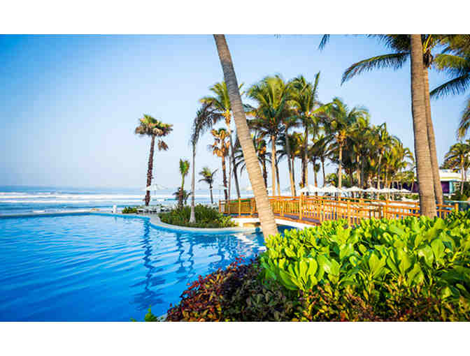 Acapulco - Eight Days & Seven Nights at the Grand Mayan Resort