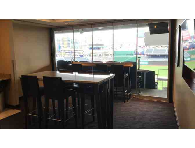24 Lincoln Suite Tickets, Washington Nationals Baseball Game 2021 Season - Date TBD - Photo 2