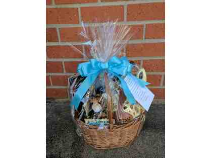 Greater Los Angeles Zoo - Family Membership & Gift Basket