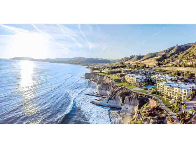 Pismo Beach - Dolphin Bay Resort - One Night Stay in a One Bedroom Ocean Front Suite