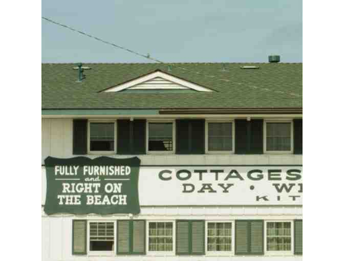 San Diego, CA - Beach Cottages - 2 nights in one bedroom cottage or one bedroom apartment