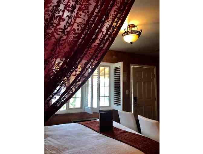 Napa, CA - Chardonnay Lodge - One night stay for two in the Paris Room Jacuzzi Suite