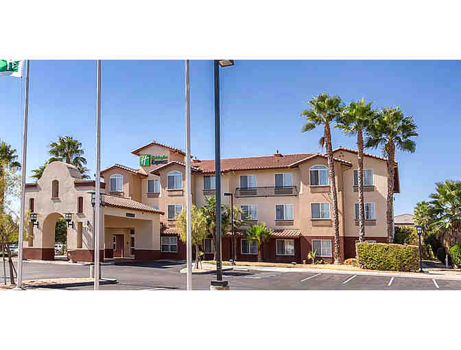 Manteca, CA - Holiday Inn Express & Suites - One night stay with continental breakfast