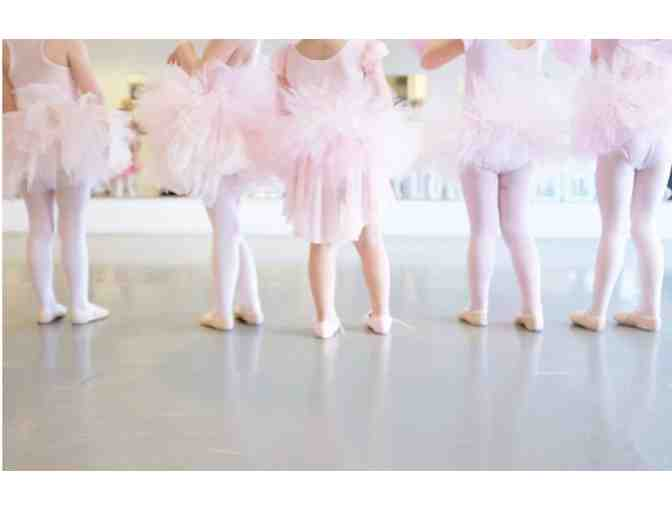Ballet-Themed Birthday Party at Charleston Ballet
