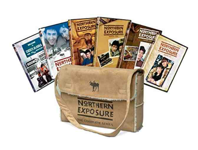 Janine Turner Autographs 'Northern Exposure' Complete DVD Set!