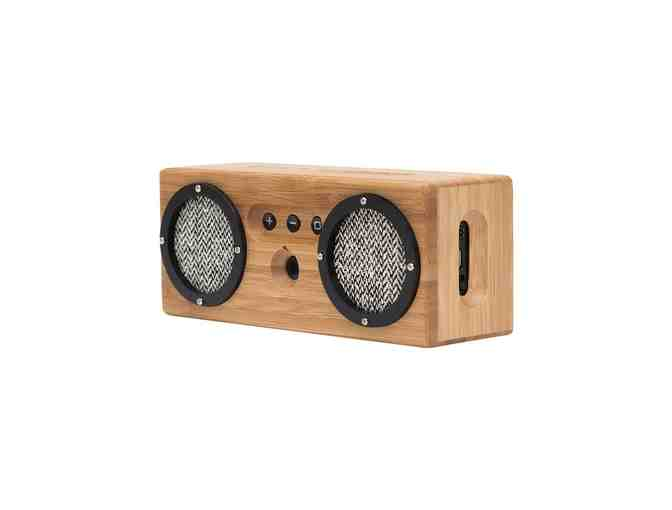 Speakers - Photo 1