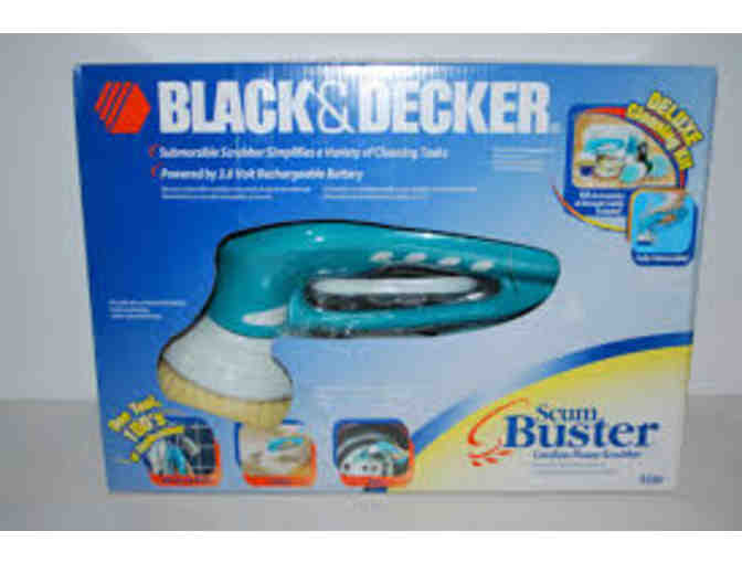 Black and Decker Scum Buster Deluxe Cleaning Kit