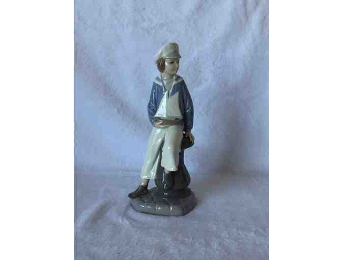 Lladro Figurine 'Sailor Boy with Yacht'
