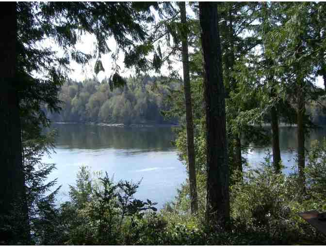 Weekend Getaway on Hammersley Inlet