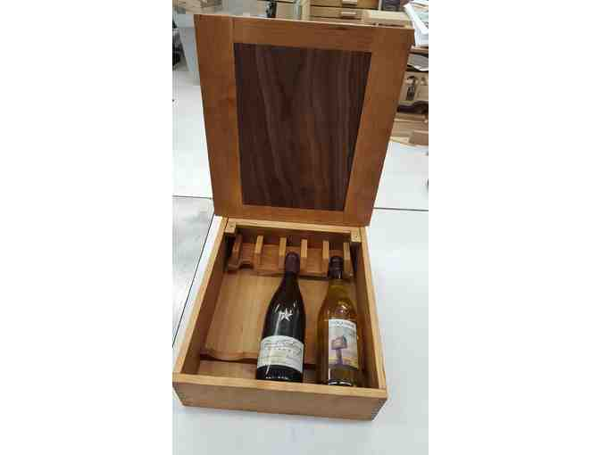 Handmade Wine Presentation Box with 3 Bottles of Wine