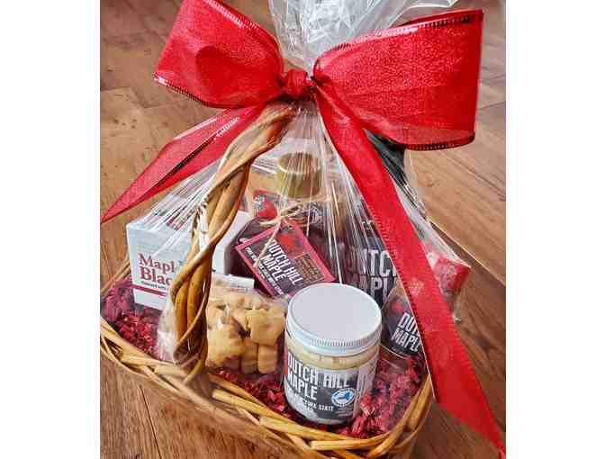 Gift basket full of Dutch Hill Maple products - Photo 1