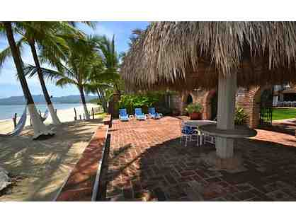 8 Day/7 Night Beachfront Villa near Puerto Vallarta sleeps 22