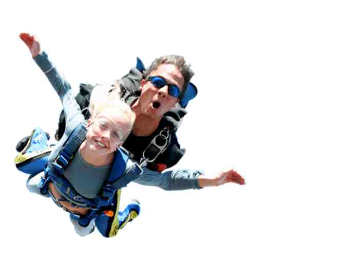 $100 Gift Certificate to Capital City Skydiving - Photo 3