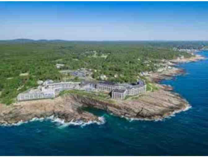 Cliff House Oceanview Room for 2 Nights-Cape Neddick, Maine