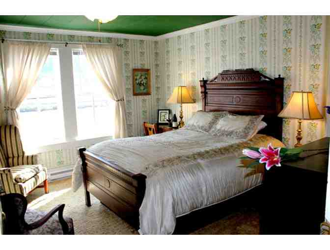Stay, Breakfast, Dinner for Two to Four People, The Historic Requa Inn, Klamath, CA