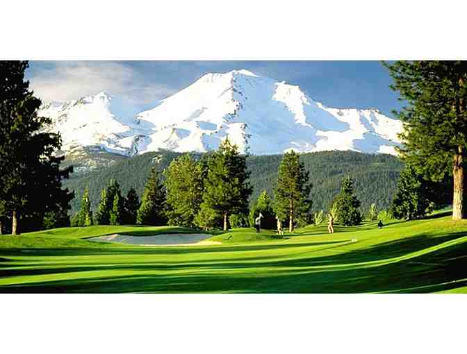 Two Nights, One Bedroom Chalet with Golf for 2, Mount Shasta Resort, Mt. Shasta - Photo 4