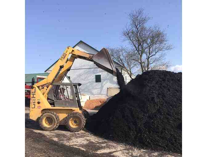 4 Yards Premium Shredded Mulch Delivered only in Frederick County