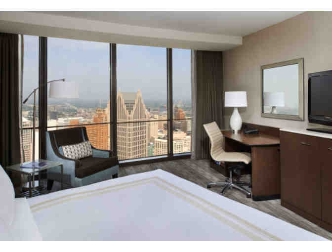 DETROIT MARRIOTT RENAISSANCE CENTER - ONE NIGHT STAY - Photo 2