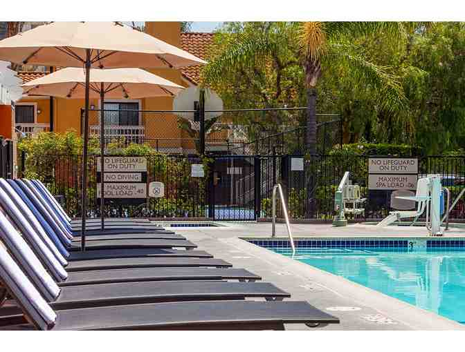 CLEMENTINE HOTEL & SUITES ANAHEIM - TWO NIGHT STAY W/ BREAKFAST FOR TWO - Photo 6