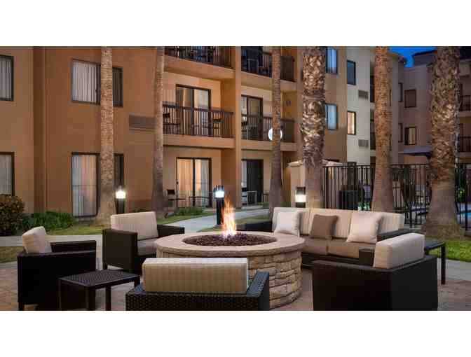 COURTYARD HUNTINGTON BEACH FOUNTAIN VALLEY - TWO NIGHT STAY W/ BREAKFAST FOR 2 & PARKING - Photo 4