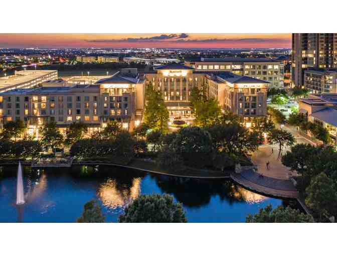 DALLAS/ PLANO MARRIOTT AT LEGACY TOWN CENTER - ONE NIGHT WEEKEND STAY WITH BREAKFAST FOR 2