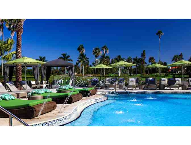 The Vinoy Renaissance Resort and Golf Club- 2 nights for 2 people