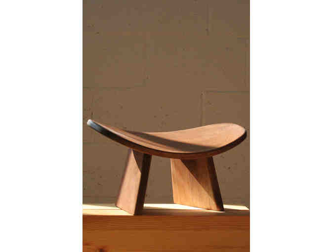 Bluecony:  IKUKO Original Meditation Bench