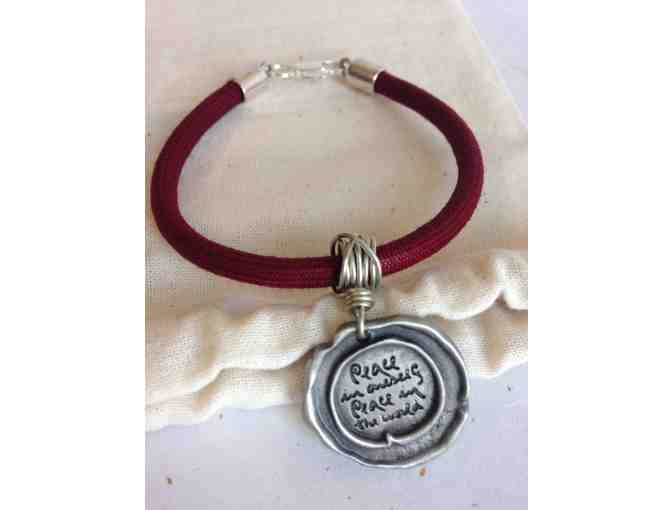 Lion's Roar Store: Thich Nhat Hanh-Inspired 'Peace in oneself' Bracelet