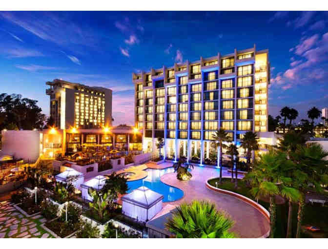( 2 ) Night Stay @ Newport Beach Marriott Hotel & Spa with Breakfast for Two - Photo 1