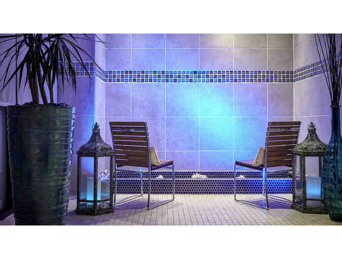 ( 2 ) Night Stay @ Newport Beach Marriott Hotel & Spa with Breakfast for Two - Photo 10