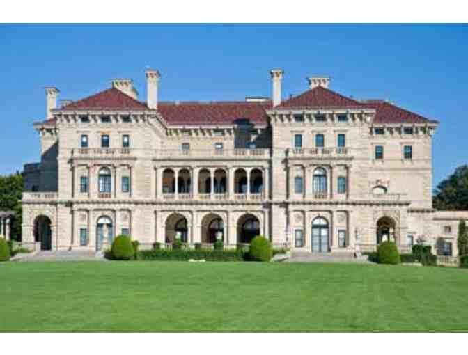 Newport 10-Miler, mansions and more!