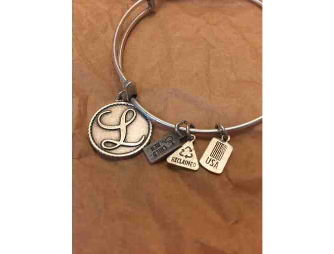 Wind and Fire Bangle Set with Jewelry Cleaner