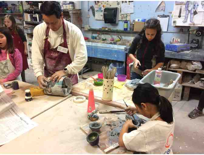 2 Hour Private Ceramics Class with Master Artist Willie Tabata for 4 People - Photo 1