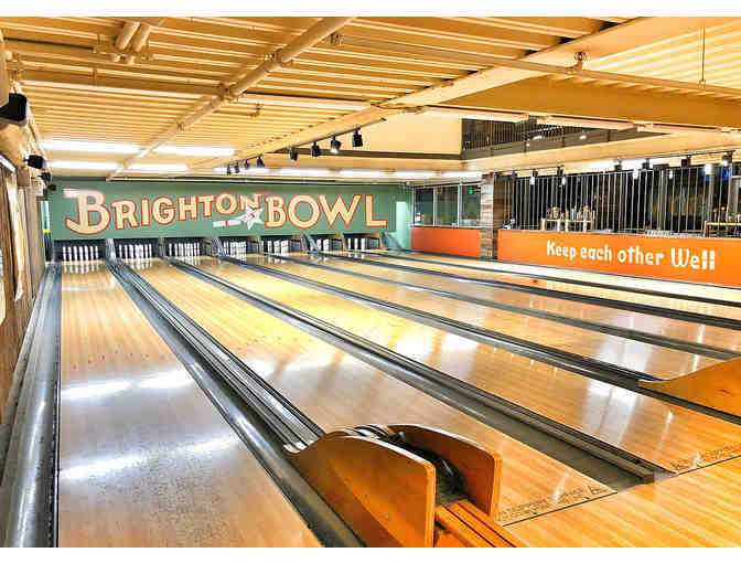 Enjoy Bowling and the Best Flatbread pizza in Boston! - Photo 4