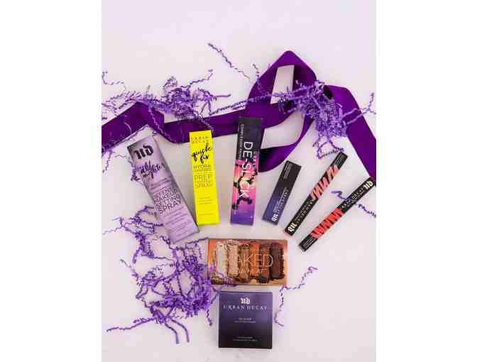 Urban Decay - Basket of Assorted Cosmetics