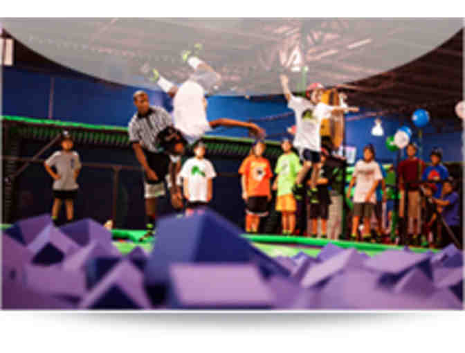 10 Pack of 1 Hour Jump Passes to Rebounderz - Photo 4